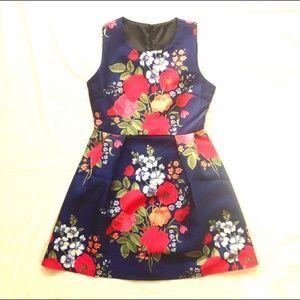 Gorgeous NWOT Navy floral dress